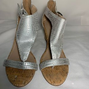 Donald Pilner silver sandals back zip side buckle
